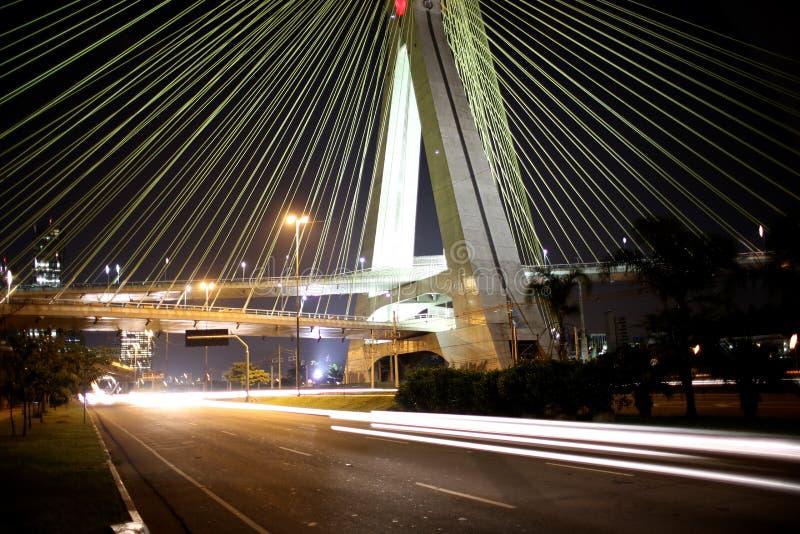 Ponte suspendida em cabos em Sao Paulo Brasil imagens de stock