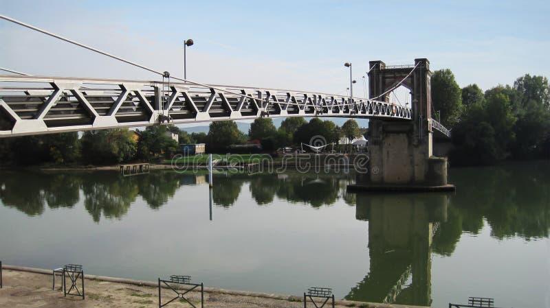 Ponte in Trevoux immagine stock