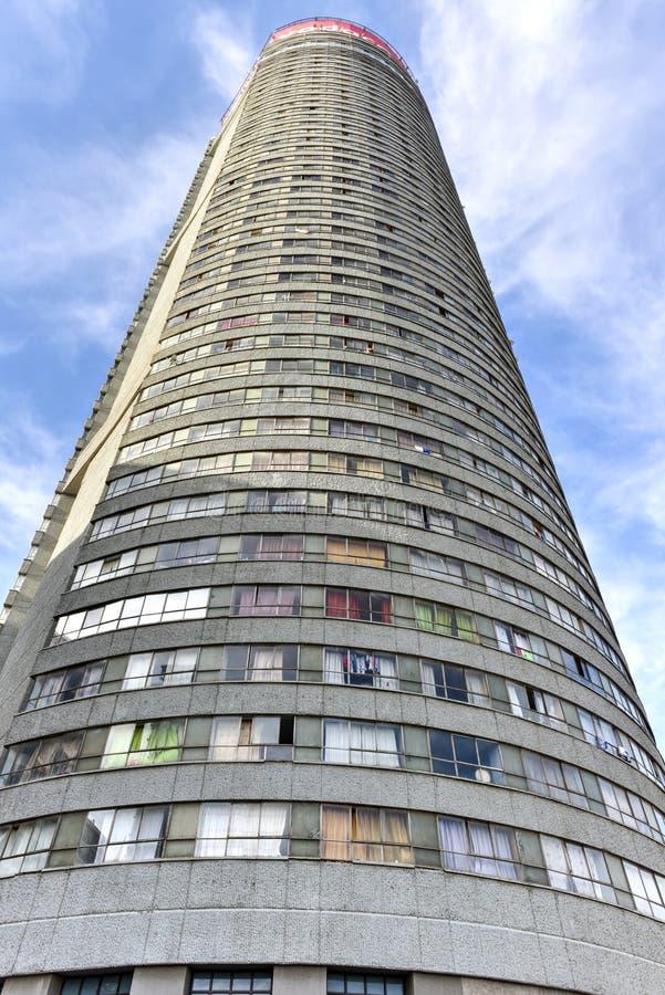 Ponte-Turm - Hillbrow, Johannesburg, Südafrika stockfotos