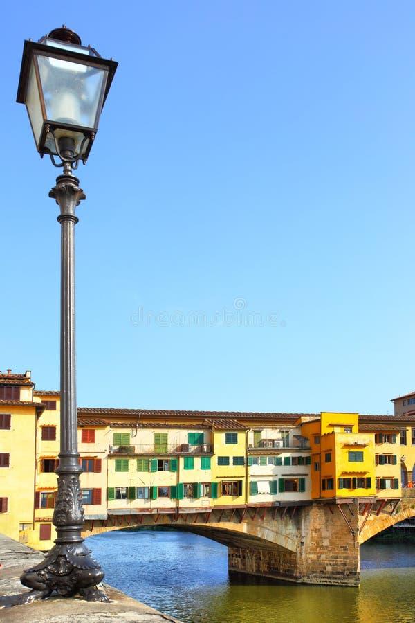 Ponte Vecchio överbryggar royaltyfri bild