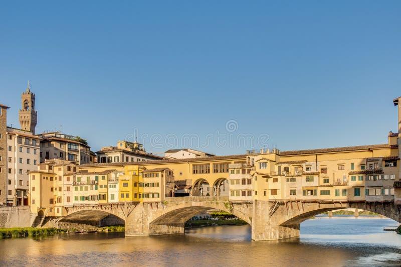 Ponte Vecchio (старый мост) в Флоренсе, Италии. стоковое изображение rf