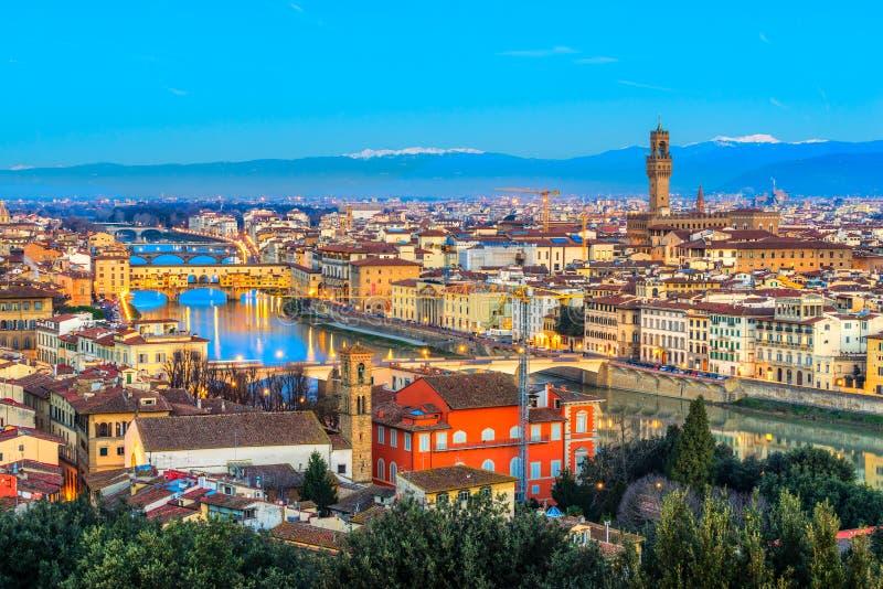 Ponte Vecchio e Palazzo Vecchio, Firenze, Italia fotografia stock libera da diritti