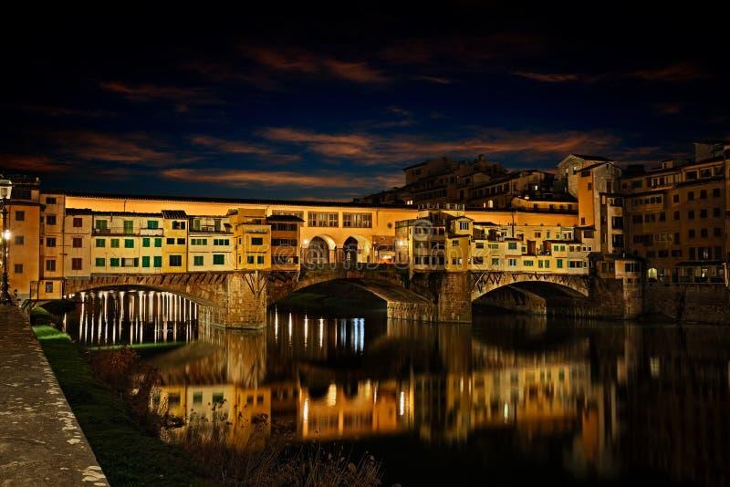 Ponte Vecchio in Florence, Toscanië, Italië stock foto's