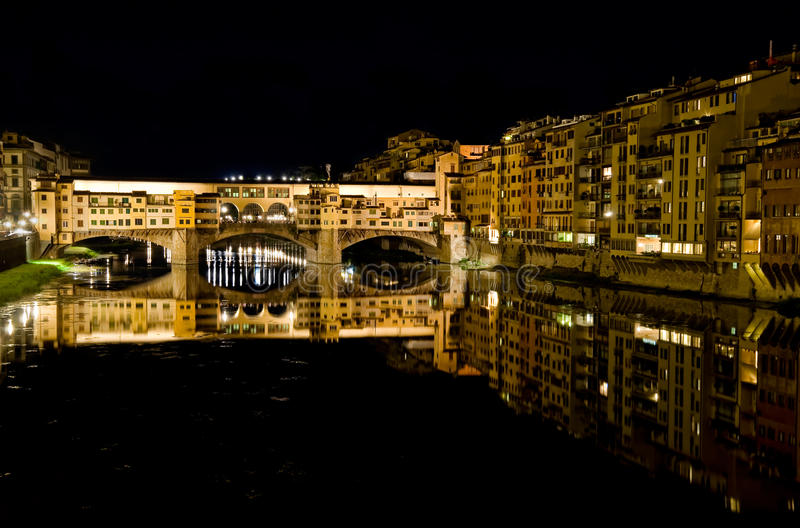 Download Ponte Vecchio At Night Royalty Free Stock Image - Image: 23284446