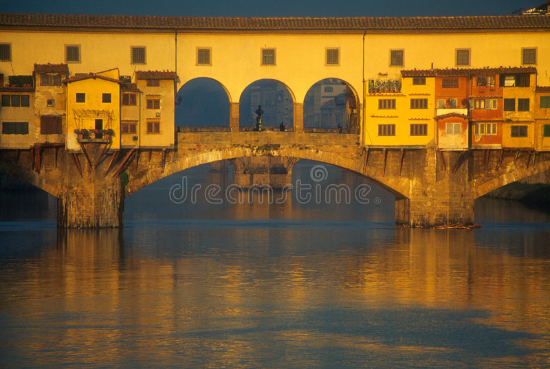 Download Ponte Vecchio Over Arno River Royalty Free Stock Photo - Image: 3789735