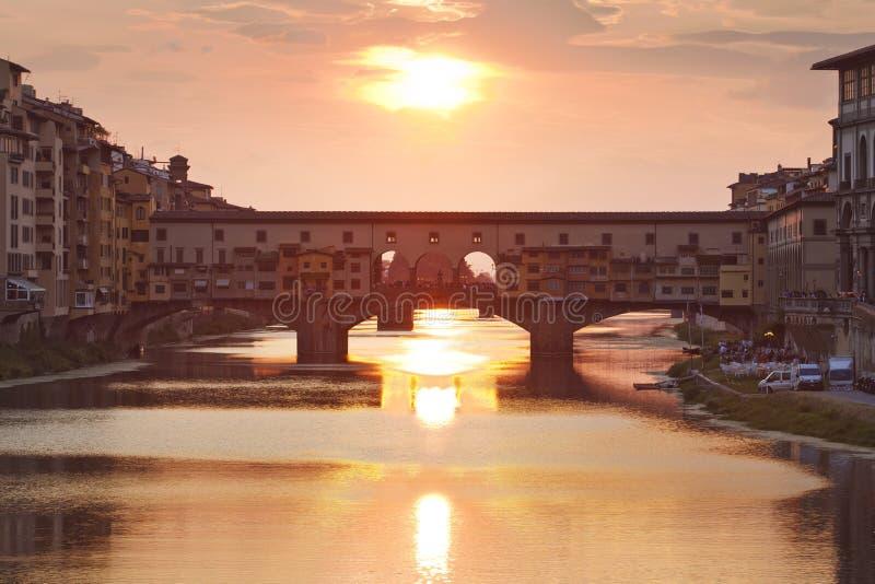 Ponte Vecchio am Sonnenuntergang, Florenz, Toskana stockfotografie