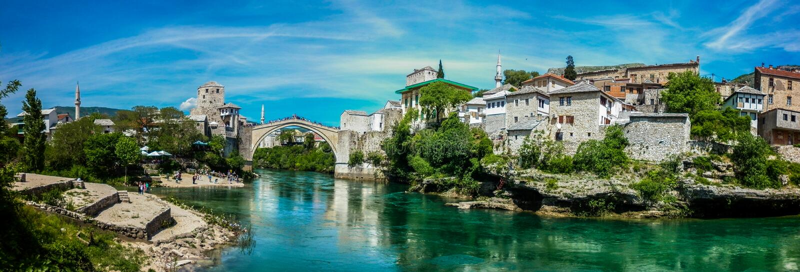 Ponte velha de Mostar imagem de stock