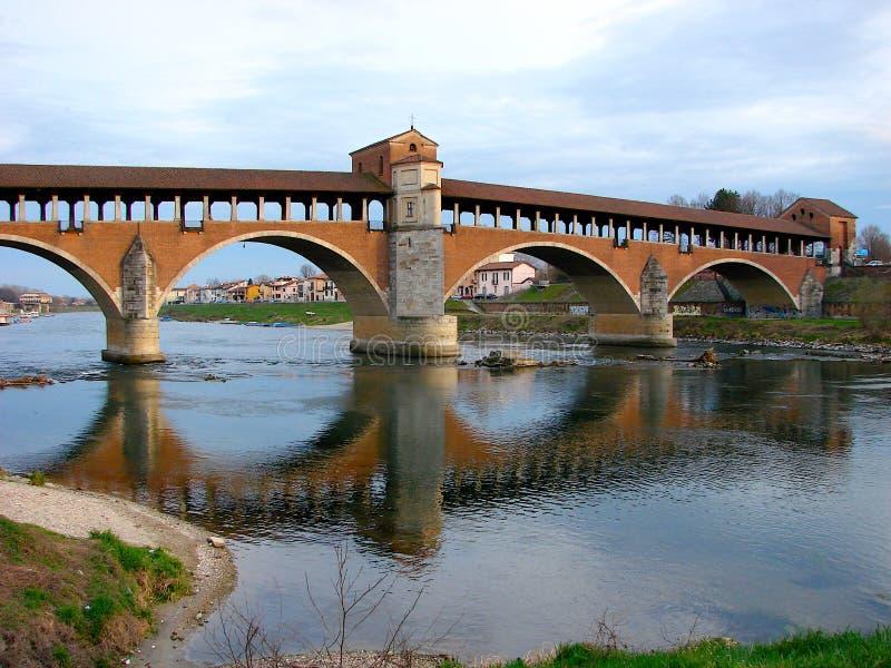 A ponte velha de Pavia imagem de stock royalty free