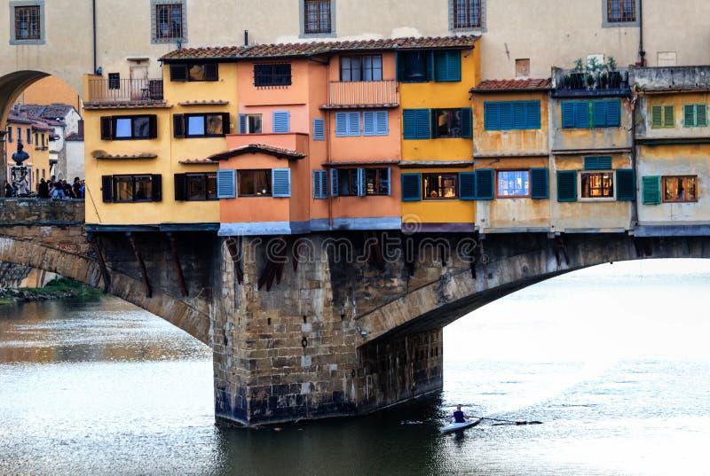 Ponte velha de Ponte Vecchio em Florença, Itália fotografia de stock
