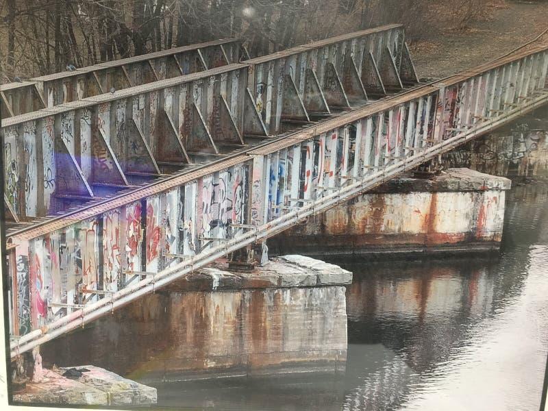 Ponte velha do trem imagens de stock
