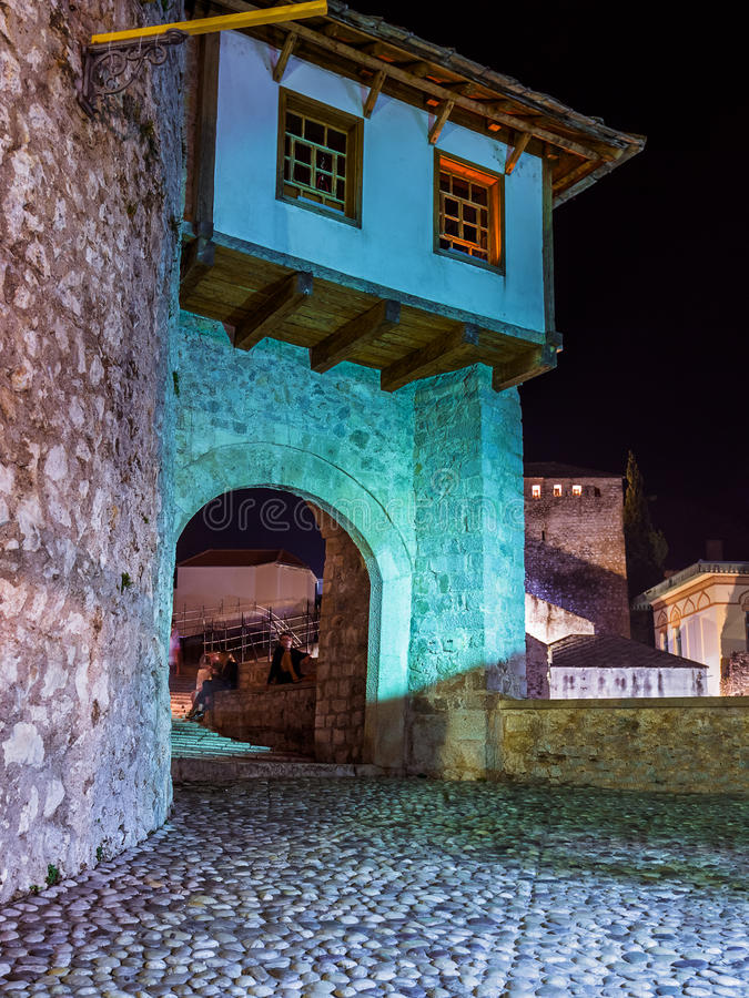 Ponte velha em Mostar - em Bósnia e em Herzegovina foto de stock royalty free