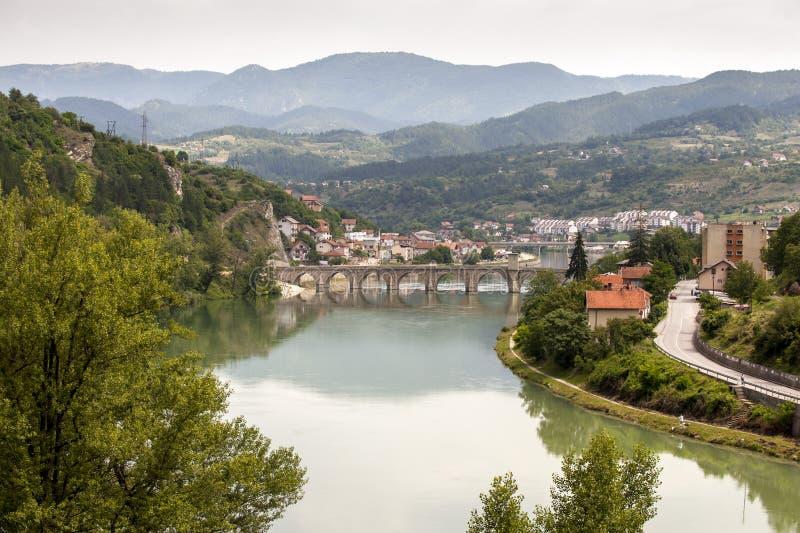 Ponte velha Visegrad, Bósnia e Herzegovina foto de stock