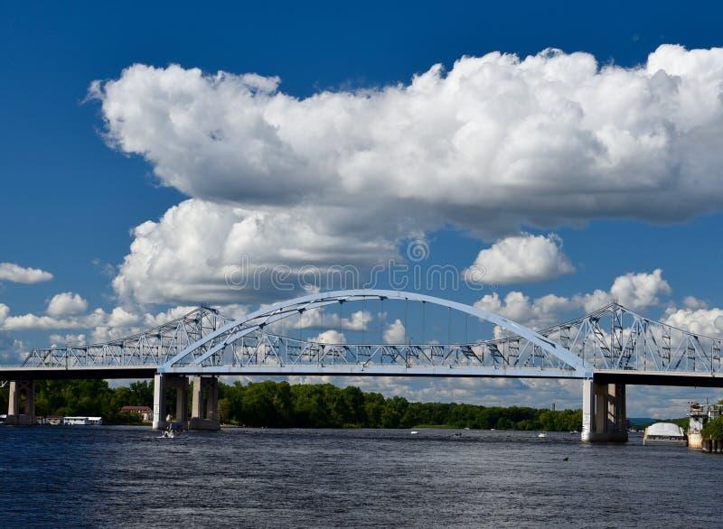 Pontes do rio Mississípi fotos de stock royalty free