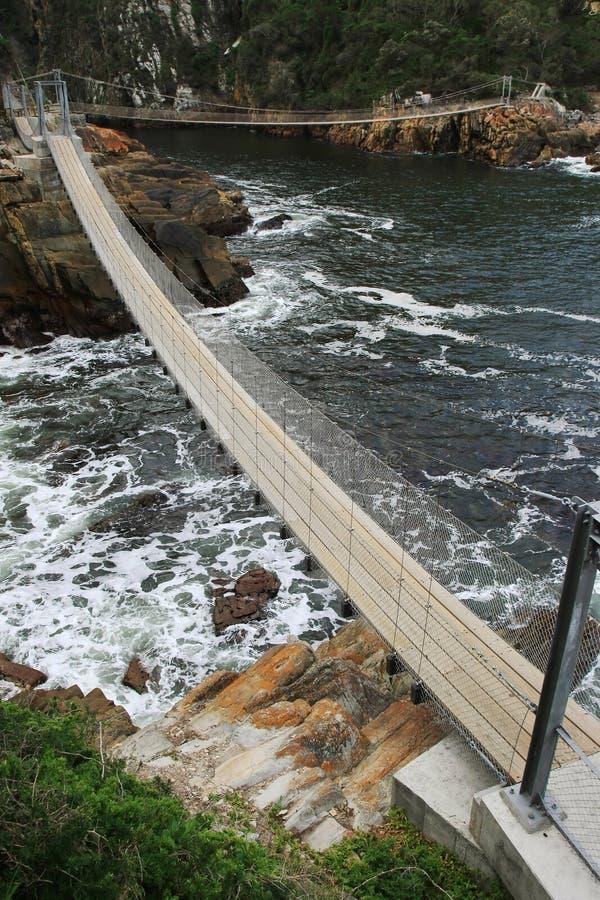 Pontes e mar de suspensão fotografia de stock