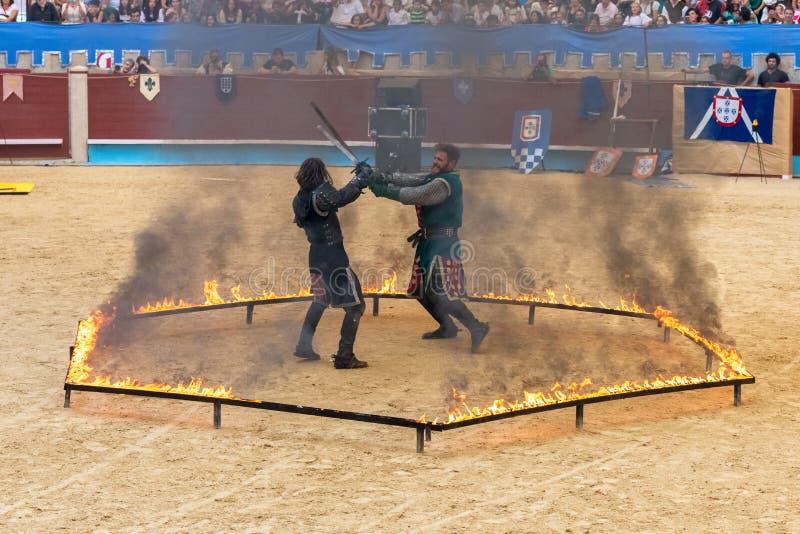 Pontevedra, España - 3 de septiembre de 2016: Festival del torneo medieval de los caballeros imagenes de archivo
