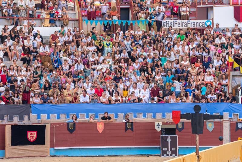 Pontevedra Spanien - September 3, 2016: Festival av medeltida riddareturnering arkivfoton