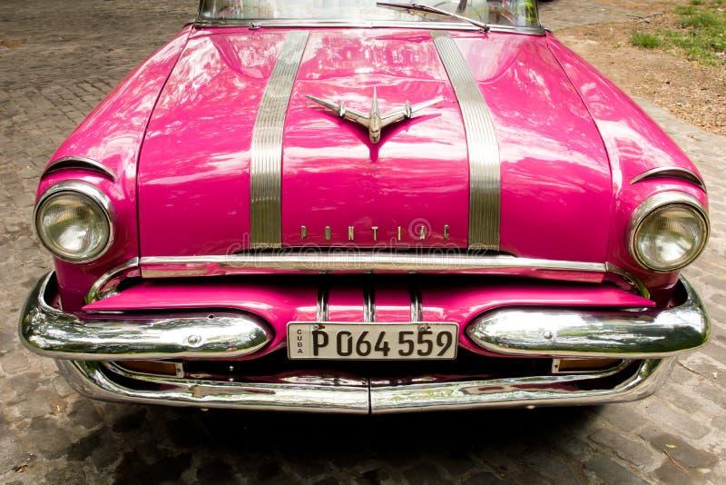 Pontiac - Klasyczni samochody w Hawańskim, Kuba obraz royalty free