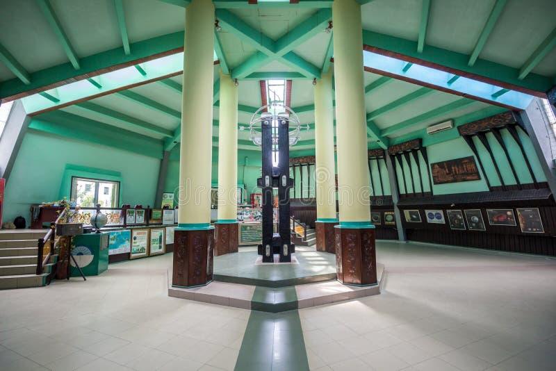 Pontianak Indonesien Ekvatormonumentet lokaliseras på ekvatorn fotografering för bildbyråer