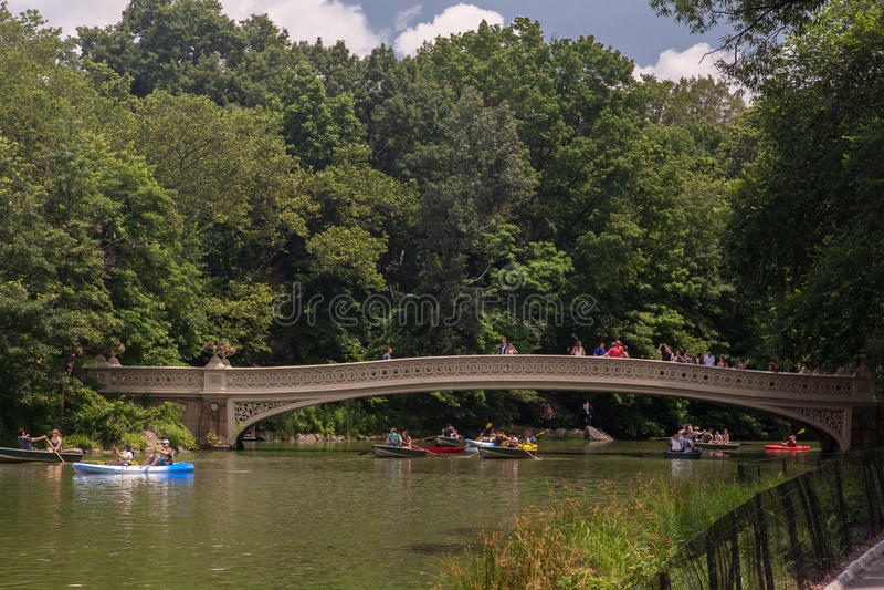 Ponticello Central Park New York City dell'arco immagini stock libere da diritti