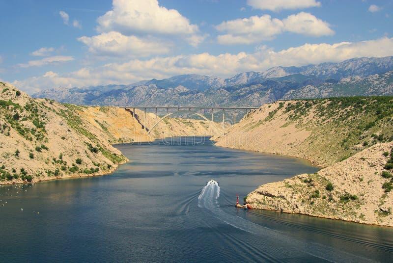 Ponticello del mare di Novigrad dall'autostrada immagini stock libere da diritti