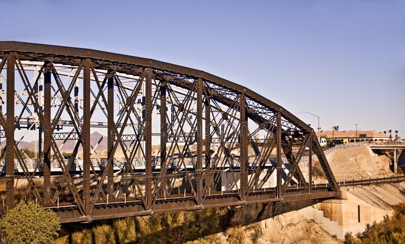 Ponticello della ferrovia sopra il fiume di colorado fotografia stock libera da diritti