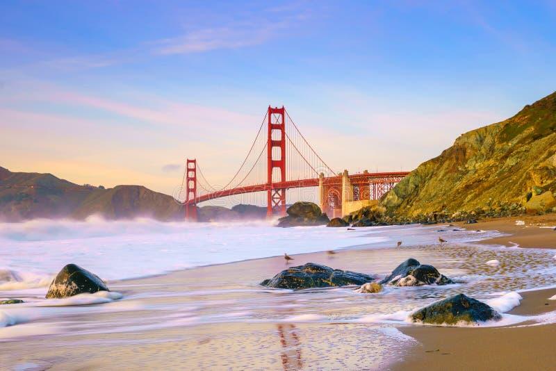 Ponticello di cancello dorato a San Francisco, California fotografie stock