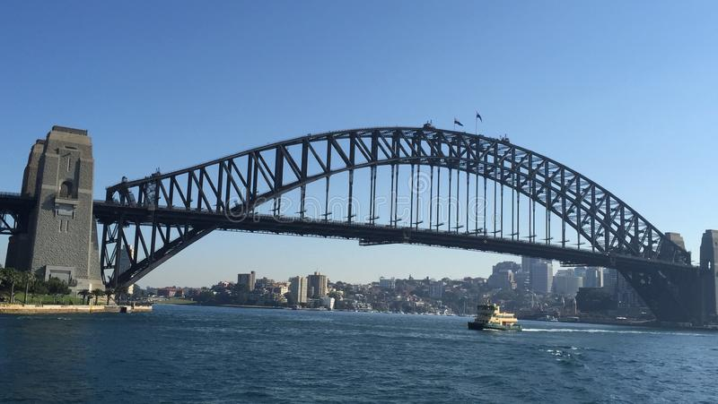 Ponticello di porto di Sydney e Teatro dell'Opera di Sydney fotografie stock