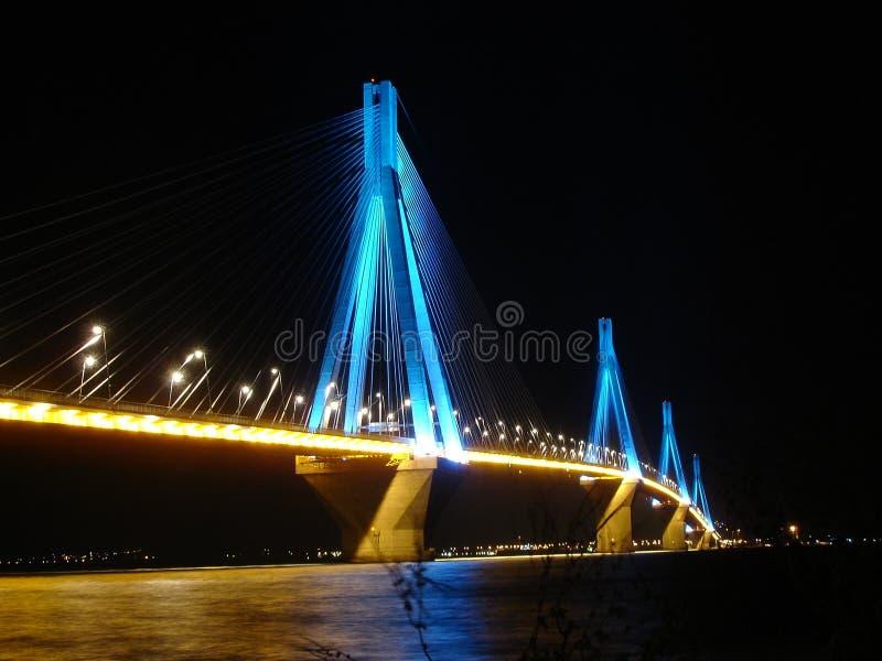 Ponticello di Rio Antirio alla notte fotografia stock