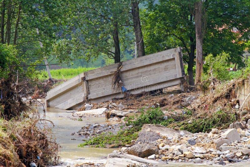 Ponticello dopo l'inondazione immagini stock