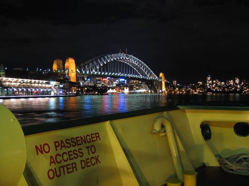 Ponticello e traghetto di porto di Sydney immagine stock