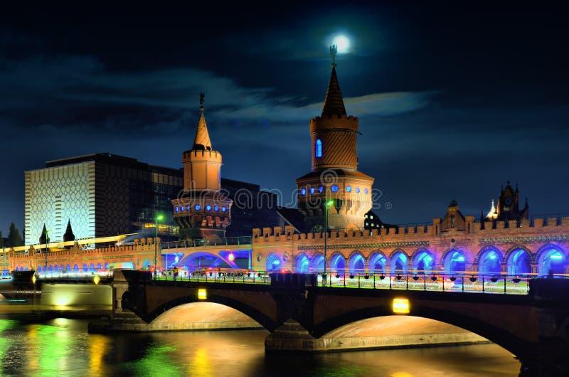 Ponticello Oberbaumbrücke. fotografie stock libere da diritti
