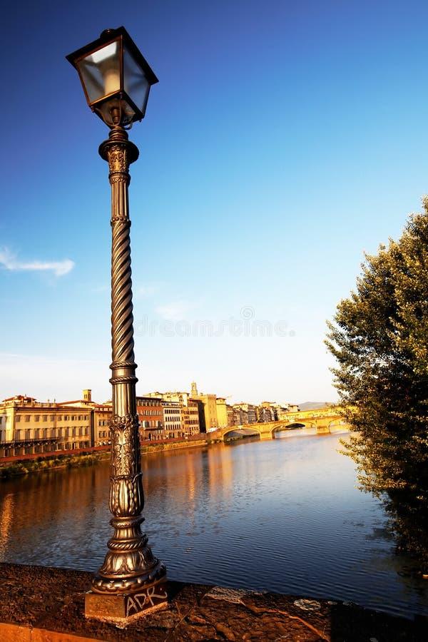 Ponticello sopra il fiume del Arno, Firenze fotografia stock libera da diritti