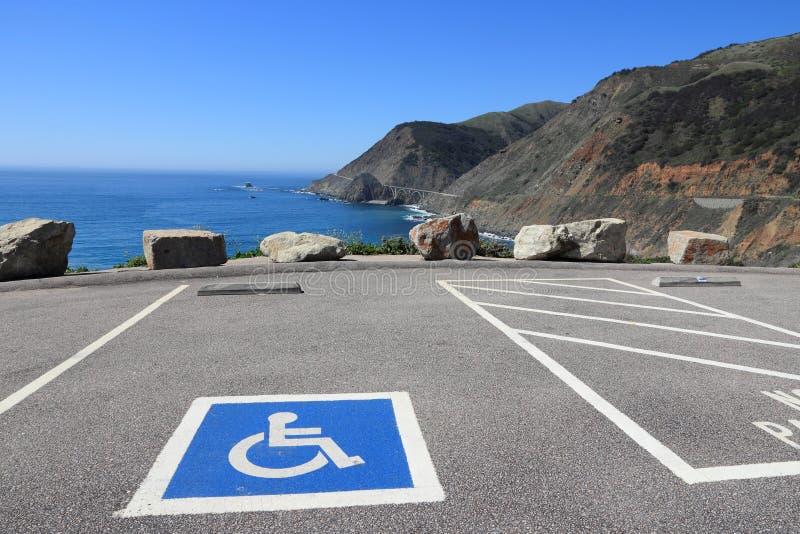 Ponto de estacionamento deficiente imagens de stock