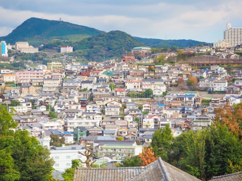 Ponto de vista da cidade de Nagasaki do jardim da porta-luvas imagem de stock