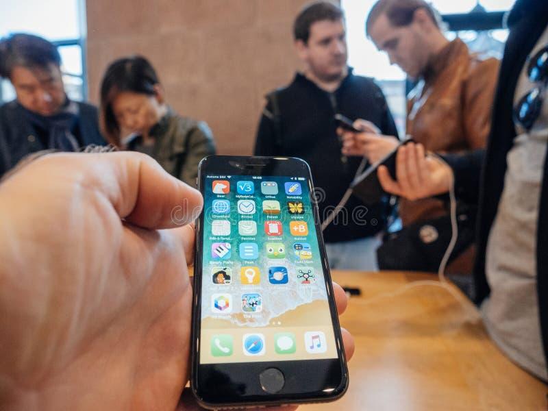 Ponto de vista do iphone o mais atrasado X imagem de stock royalty free
