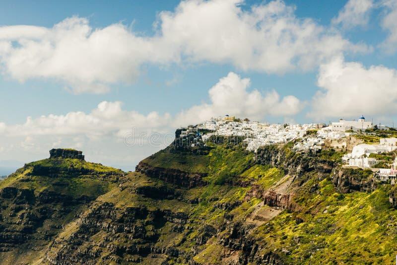 Ponto de vista na cidade de Fira na ilha de Santorini fotos de stock royalty free
