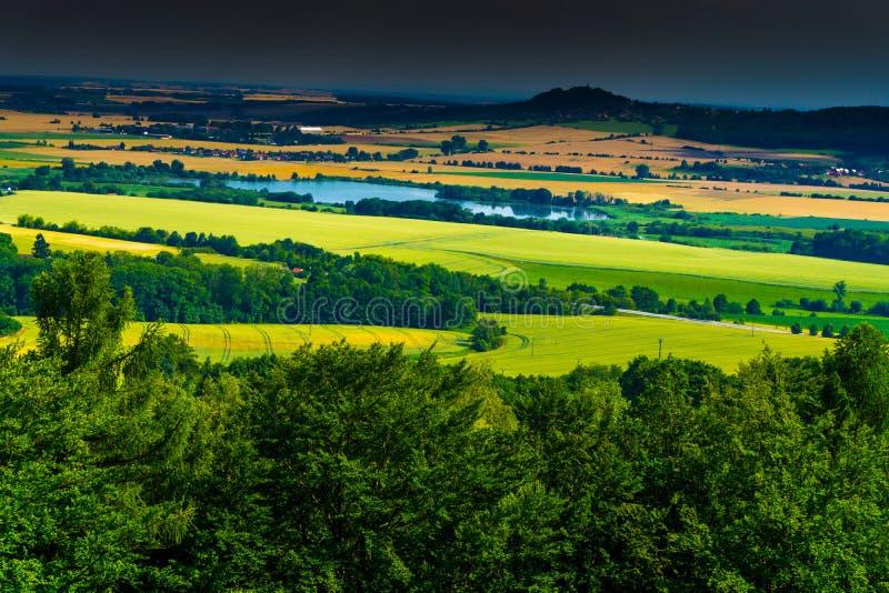 Ponto de vista na reserva natural da LY do ¡ de Prachovské Skà foto de stock