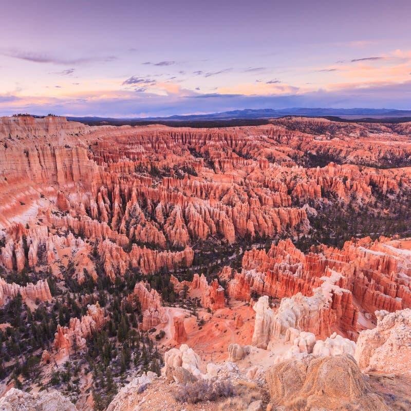 Ponto no nascer do sol, Bryce Canyon National Park da inspiração, Utá, imagem de stock royalty free