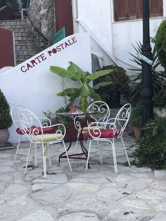Ponto tradicional do café para no noroeste Grécia de Parga fotografia de stock