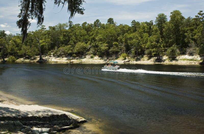 Pontone sul fiume di Suwannee fotografia stock