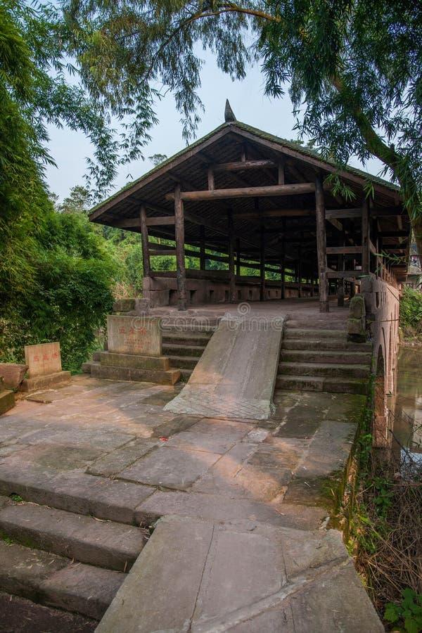 Ponts antiques en pont de rivière de Huaying ---- Pont de nord de pont en frontière d'étoile photos libres de droits