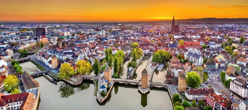 Ponts Couverts i Petite France w Strasburg obrazy stock