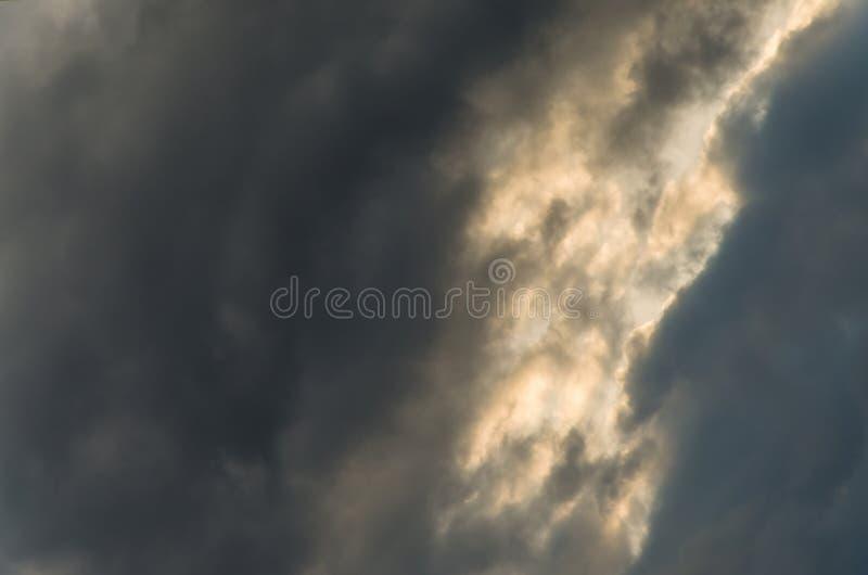 ponury niebo zdjęcie stock