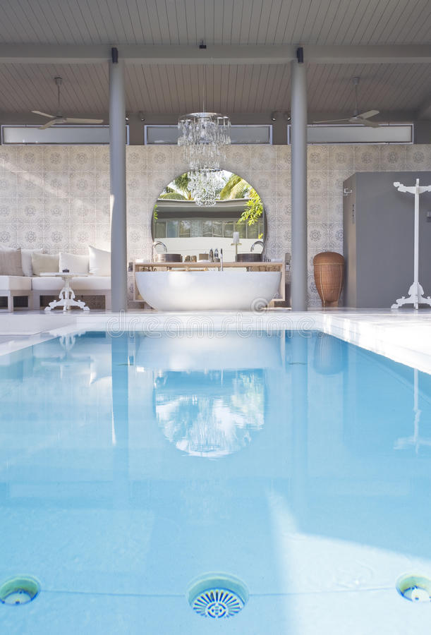 Download Pool stock image. Image of modern, house, residential - 26051409