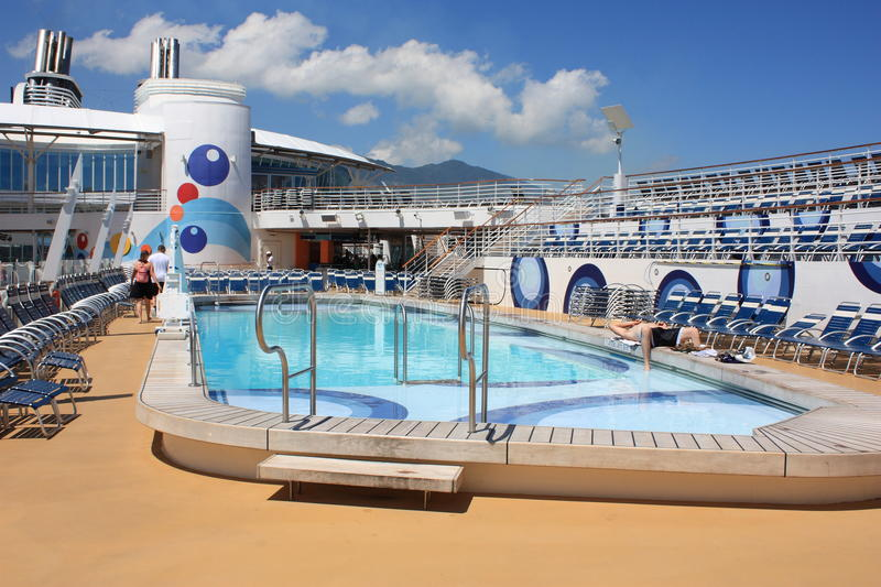 Download Pool Deck Onboard Oasis Of The Seas Editorial Stock Image - Image: 22842674