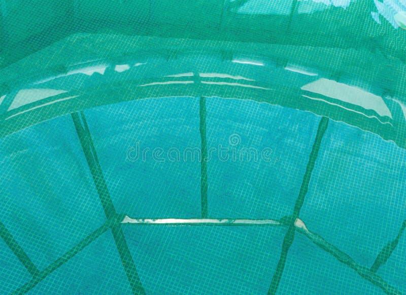 Pool met thermisch water stock fotografie
