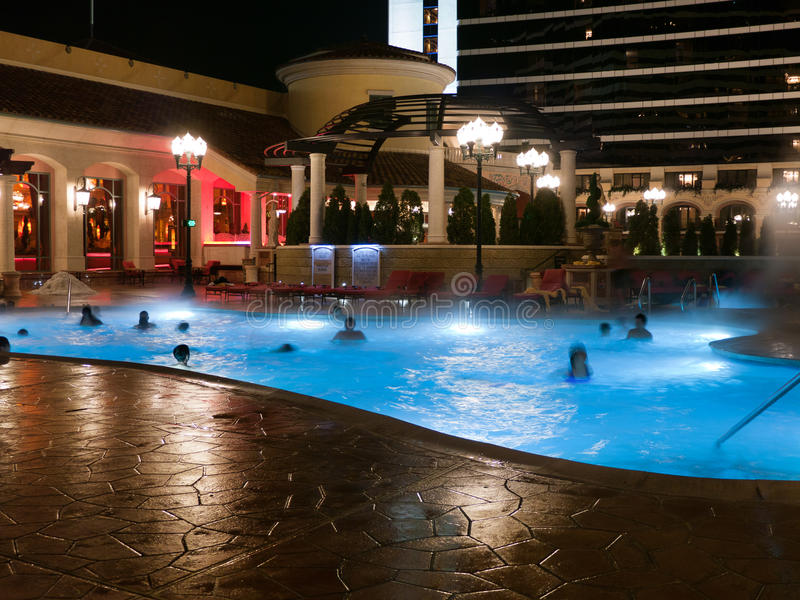 Download Pool At Night At Hotel Building Stock Image - Image: 36287939