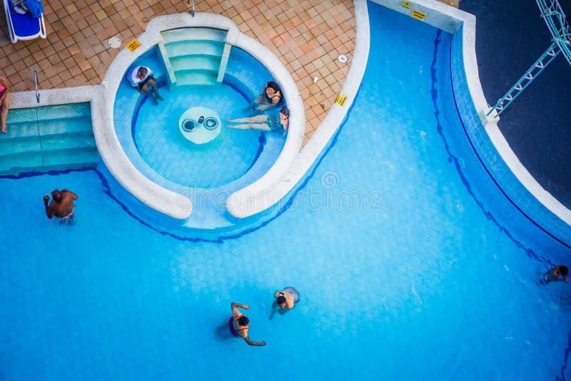 Pool van Decameraon-Aquariumhotel in San Andres Island stock afbeeldingen