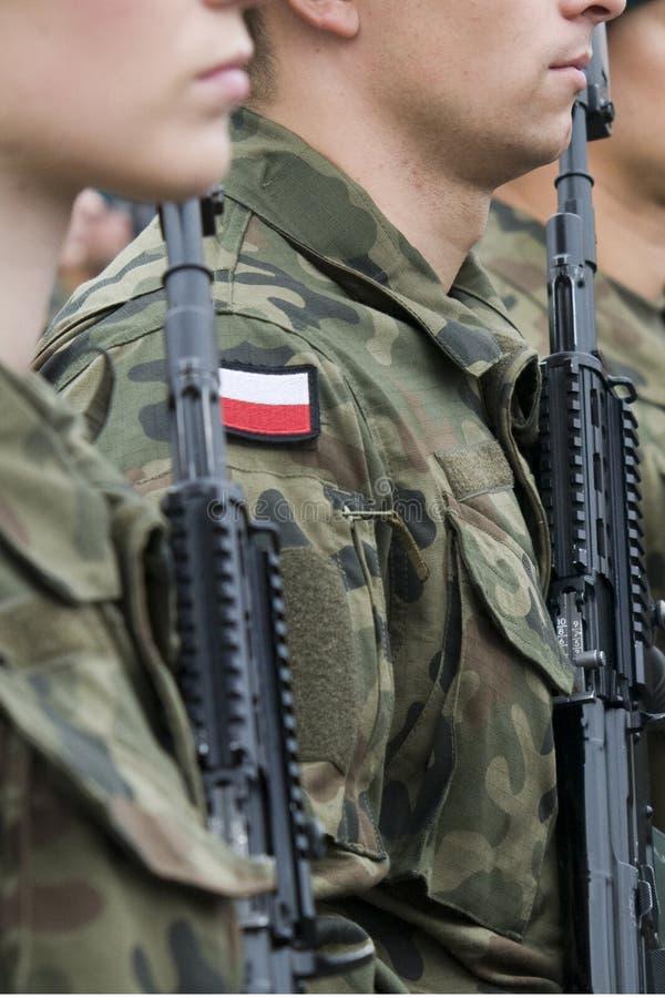 Poolse legertroep met vrouwen royalty-vrije stock afbeeldingen