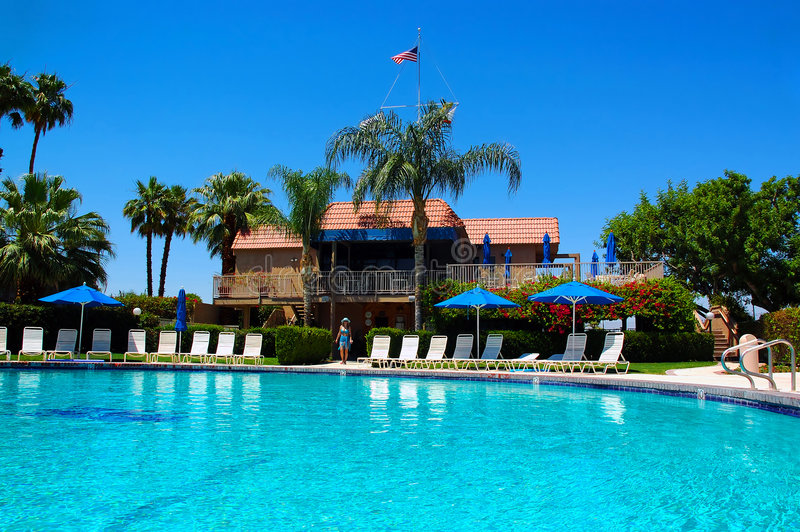 Poolside in Palm Spring lizenzfreies stockfoto